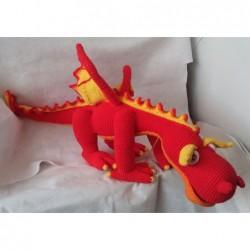 Dragon rojo amigurumi