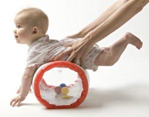 cuando empieza a gatear un bebé